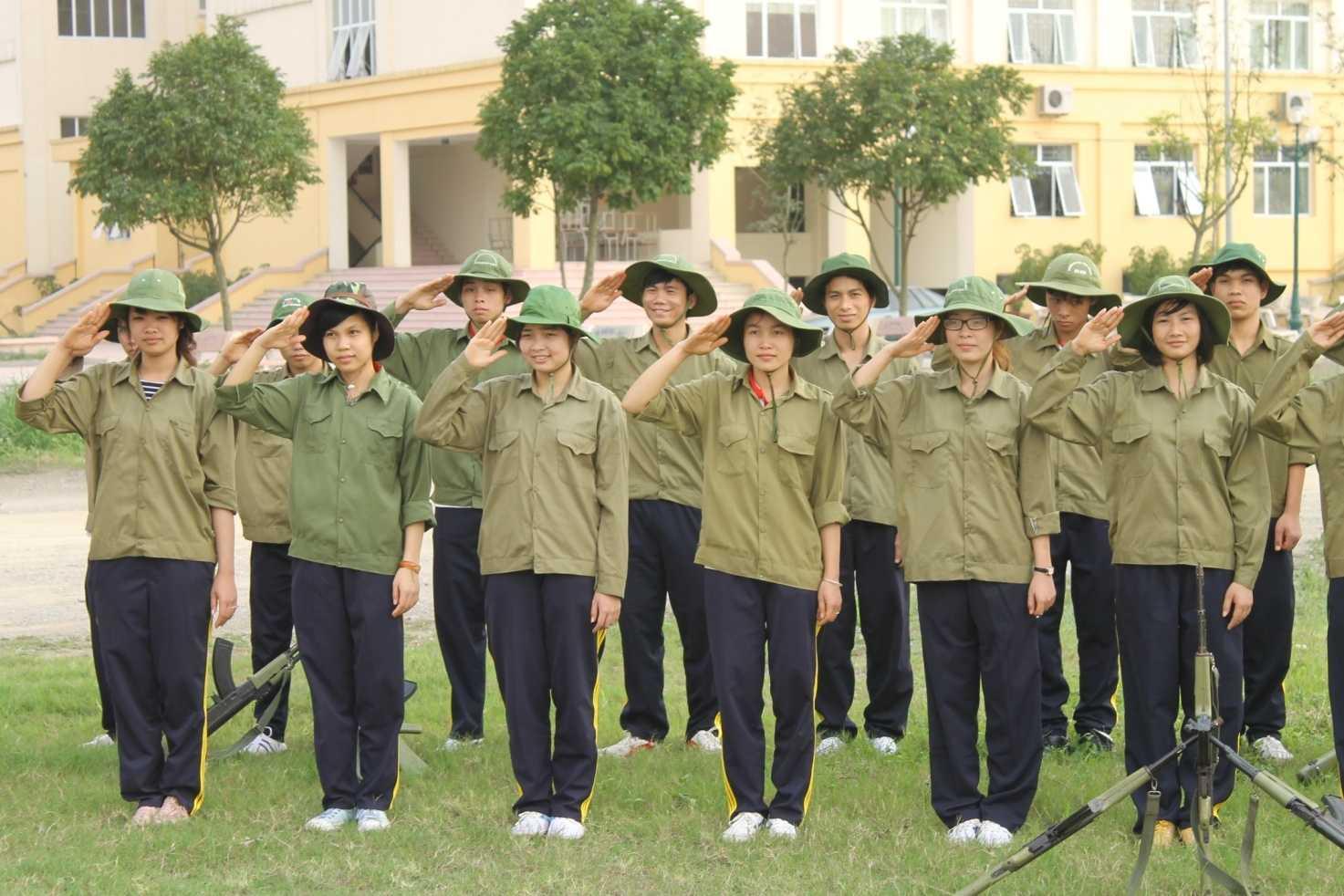 hình ảnh tập quân sự